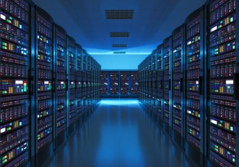 """""""Росэлектроника"""" готовит замену импортным серверам"""