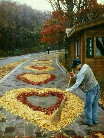 Когда дворник в душе-романти…