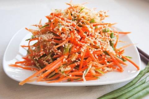 ЗАКУСОЧНЫЙ ДЕНЬ. Пикантный морковный салат