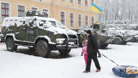 Украина готовится к войне, з…