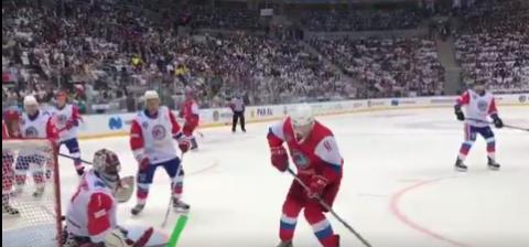 Путин вышел на лёд в гала-матче Ночной хоккейной лиги