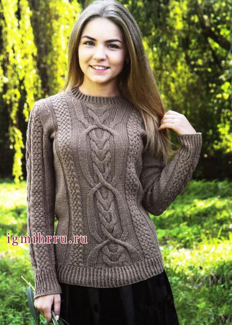 Коричневый пуловер с красивыми фантазийными узорами