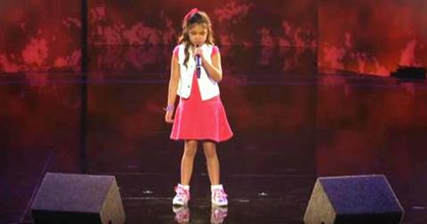 Эта 9-летняя девочка спела т…
