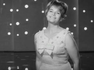 Не забудем мы ни песен, ни певцов. Нина Дорда