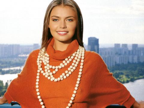 15 женщин-политиков, которые выглядят намного интереснее, чем Ким Кардашьян