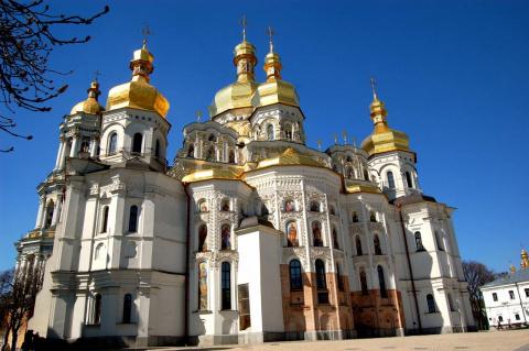 «Миряне Украины»: националисты угрожают Киево-Печерской Лавре
