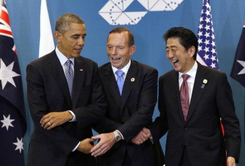 Абэ, Обама, Эббот призвали к мирному решению проблем Азиатско-Тихоокеанского региона