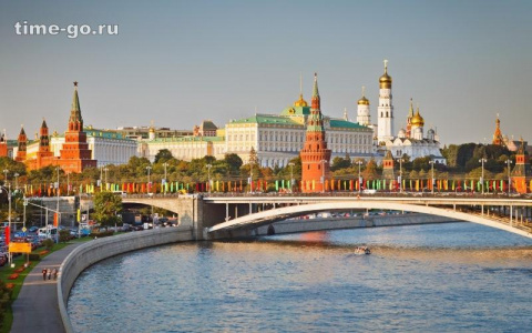 Вот почему в СССР так и не переименовали Москву. А ведь это собирались сделать минимум трижды!