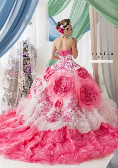 Завораживающая красота платьев) Идеи для вдохновления