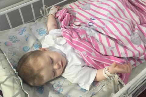 Малыш, раненный при обстреле…