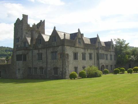 Замок Ормонд, Ирландия (Caisleán Urmhumhan)