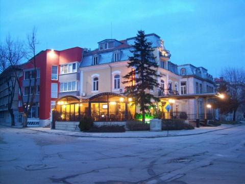 квартирь и дома в город русе болгария,болшои вьбор по ценам из 300 до 500 евро для квадрат новое строительство 00359878600910