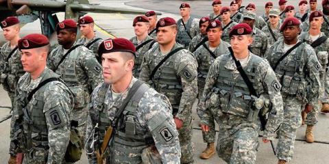 Во львовском магазине умер военный инструктор из США