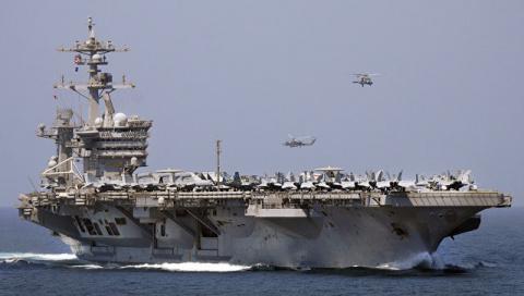 "Американский адмирал взял на себя вину за ""потерявшийся"" авианосец"