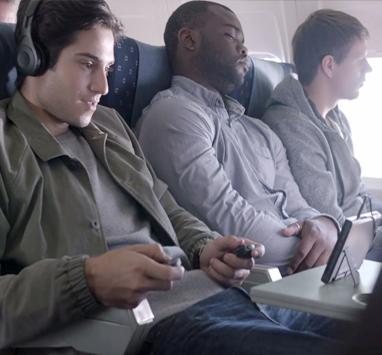 Геймерам запретили играть на Nintendo Switch в самолетах