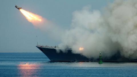 Российский военно-морской флот атаковал террористов Алеппо