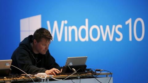 Взбешенные пользователи Windows 10 подали в суд на Microsoft