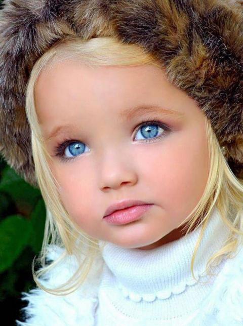 Вот как сложилась судьба этой девочки, которую родители хотели сделать моделью