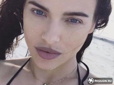 Елена Темникова откровенно рассказала о пластике лица