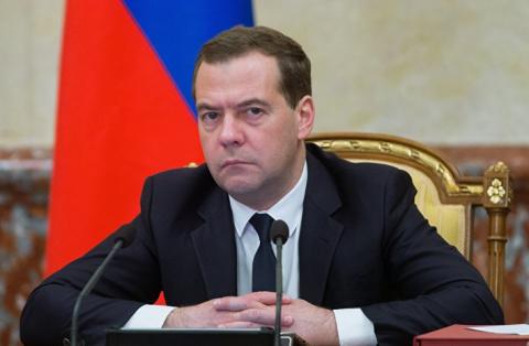 Медведев отчитал Ткачева за …