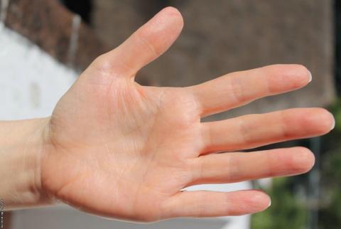 Состояние рук и диагностика заболеваний! Полезная – вредная косметика.
