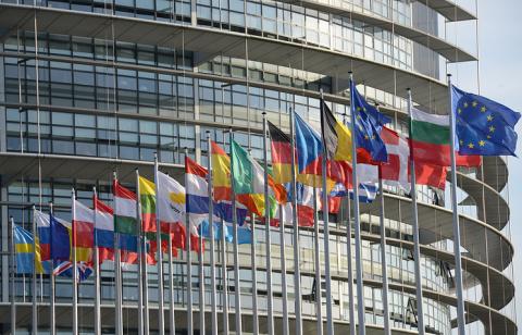 Евросоюз продлил экономическ…
