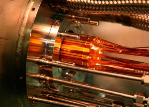 Протон оказался на 0,0000000003 атомной единицы массы легче