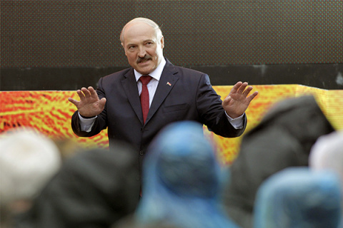 Кто в Белоруссии обязан плат…