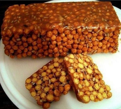 Простой и очень вкусный десерт из кукурузных палочек