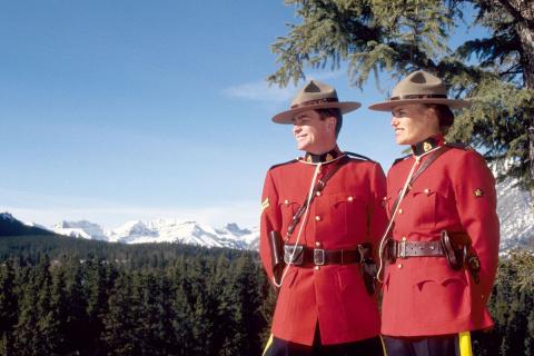 Канада готовится принимать б…