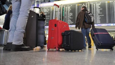 Cмешная история о том как познакомились в отпуске и как стало проблемой лететь вместе