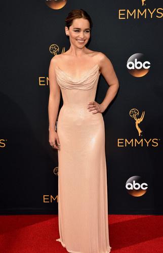 Emmy Awards-2016: слезы побе…