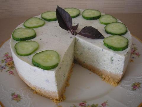 Огуречный торт. Оригинальная и вкусная закуска