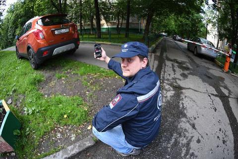 Наказывать водителей за нарушения сможет любой пешеход
