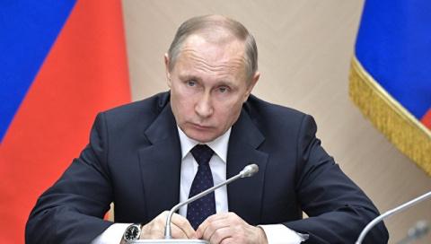 """Путин объяснил провокации Киева нуждой """"вышибать"""" деньги из-за рубежа"""
