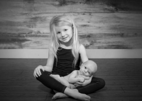 Храбрая кроха — как 5-летняя девочка спасла жизнь маме и маленькому братику
