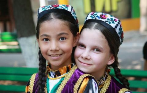 Численность населения Узбеки…