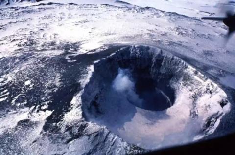 NASA ищет в антарктическом в…