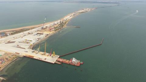 Строительство Крымского моста продолжается полным ходом