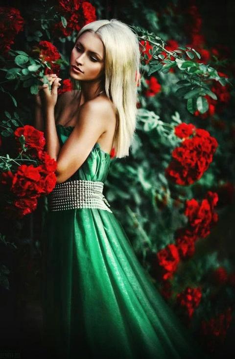 Сногсшибательные красотки на фотографиях
