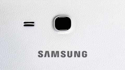 В Сеть утекли фотографии нового флагмана Samsung