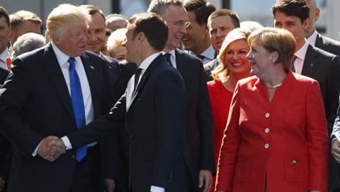 Макрон и Трамп в случае химатаки в Сирии договорились работать совместно