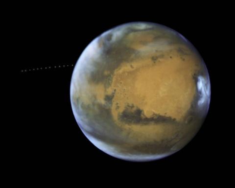 Телескоп NASA Хаббл запечатл…