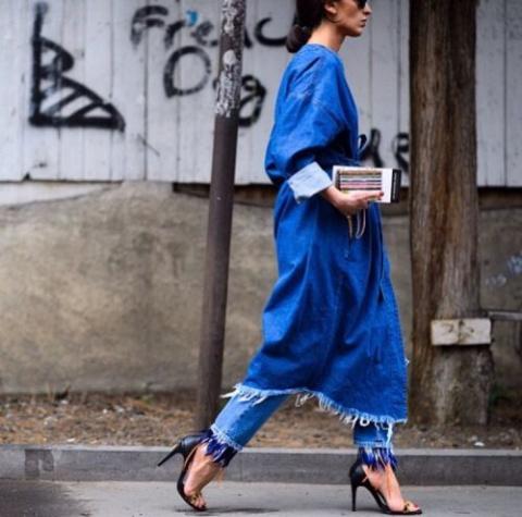 С чем носить стильный джинсо…
