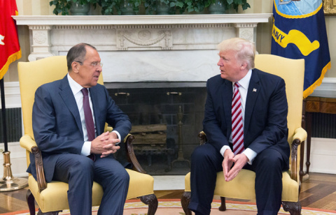 Трамп рассказал Лаврову о пл…