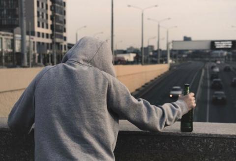 Депутаты предлагают принудительно лечить алкоголиков