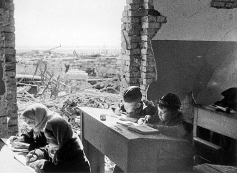 Ответ Сталинграда Возрождени…