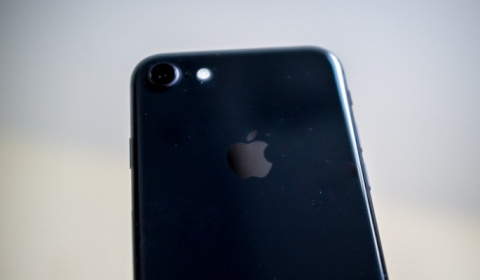 В России резко подешевел iPhone
