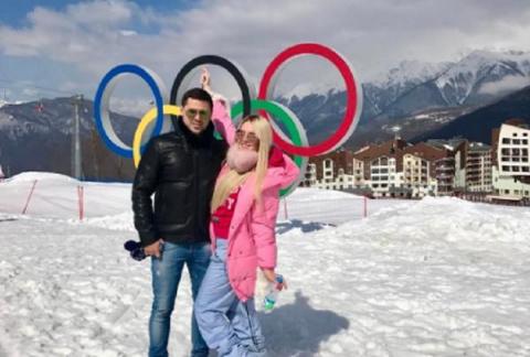 Дарья Пынзарь с мужем отправ…