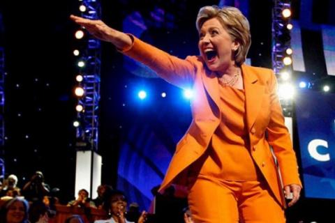 Клинтон обязалась противосто…